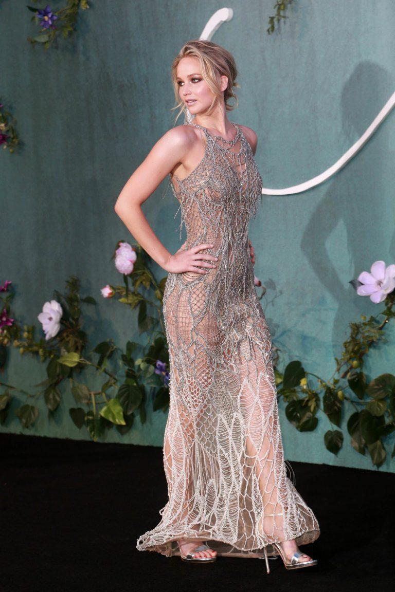Jennifer Lawrence sexy pic 1