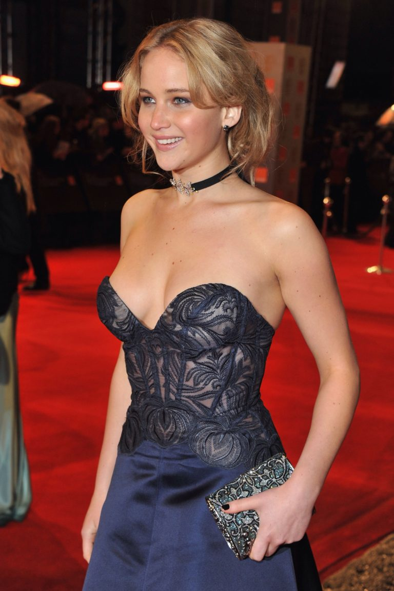 Jennifer Lawrence sexy pic 6