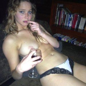 Jennifer Lawrence nude fappening pics (69)