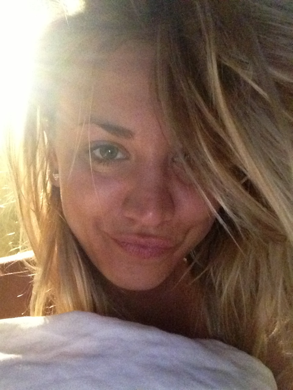 The Fappening Kaley Cuoco Nude Leaks (10)