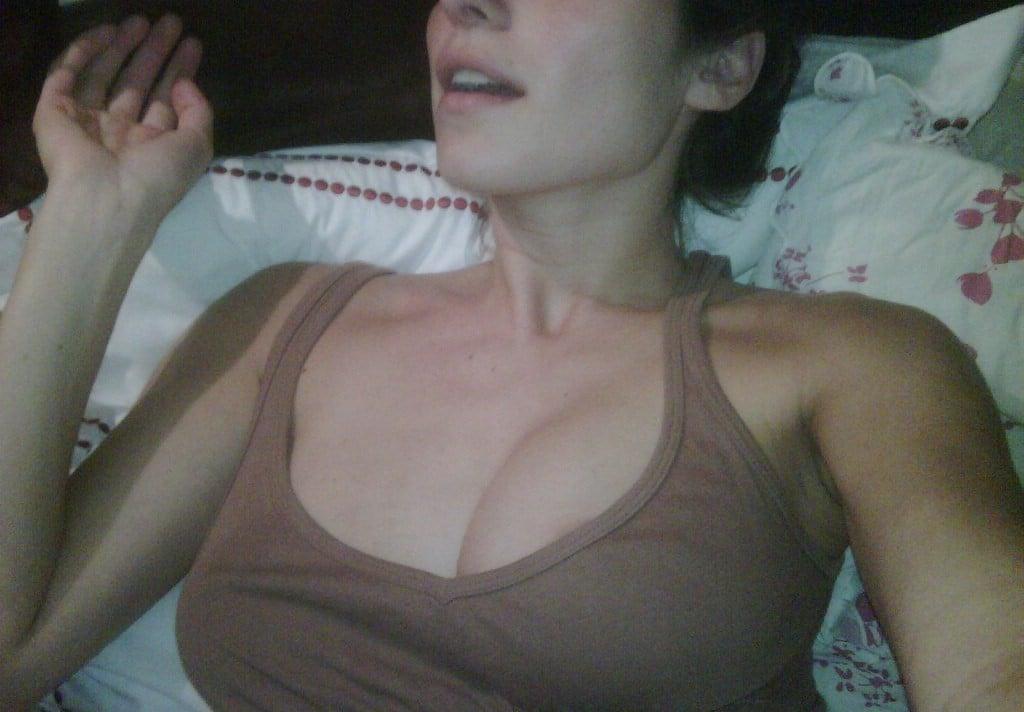 boob selfie of lake bell in leaked pic