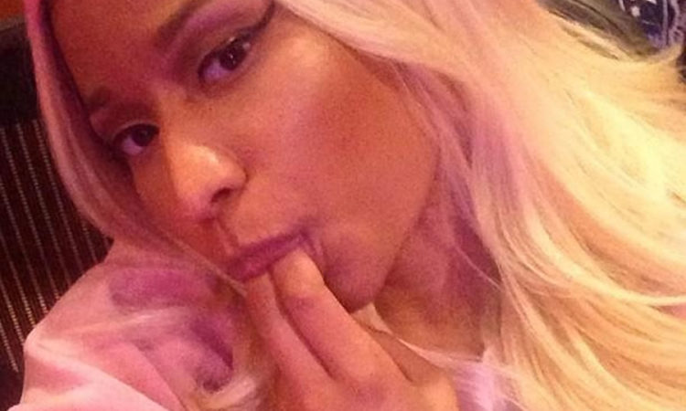 Nicki Minaj bj