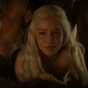 sex scene of emilia clarke in game of thrones