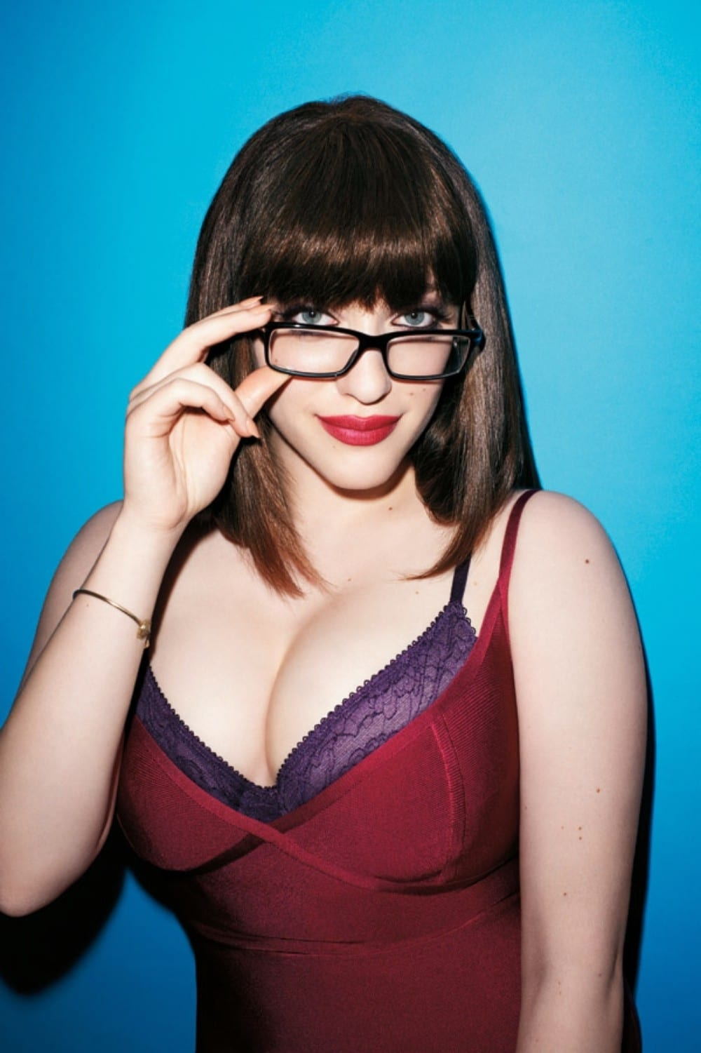 Kat Dennings hot pic of her with glasses on