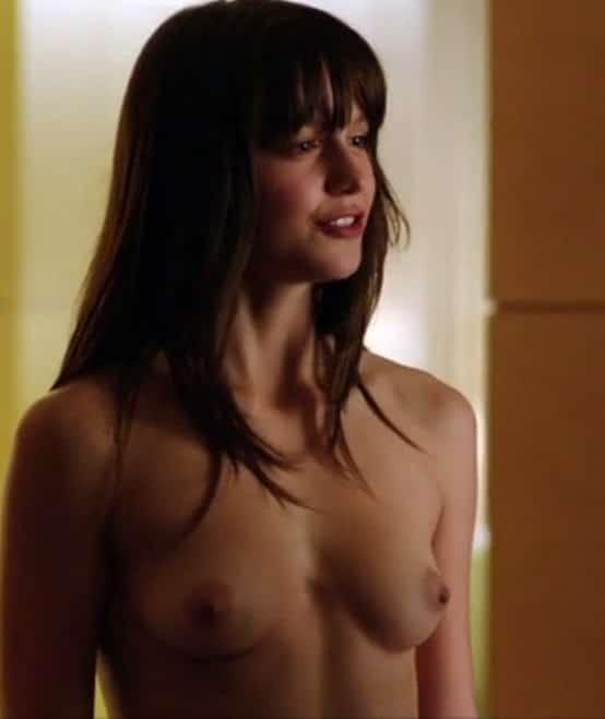 topless pic of Melissa Benoist