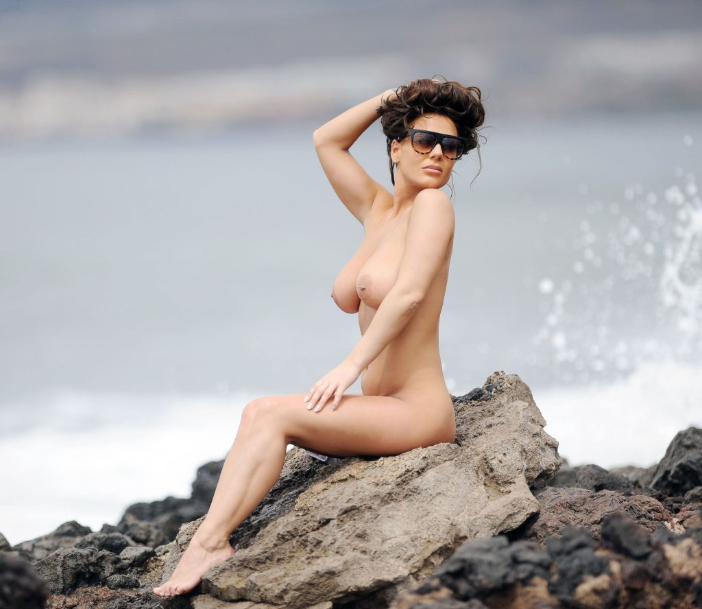 Geordie Shore Naked Pictures wow. reality star chantelle connelly nude. – celebrity revealer