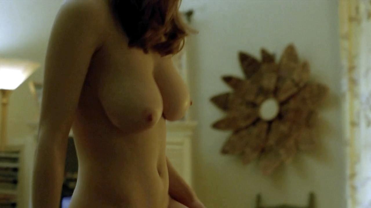 Alexandra Daddario butt