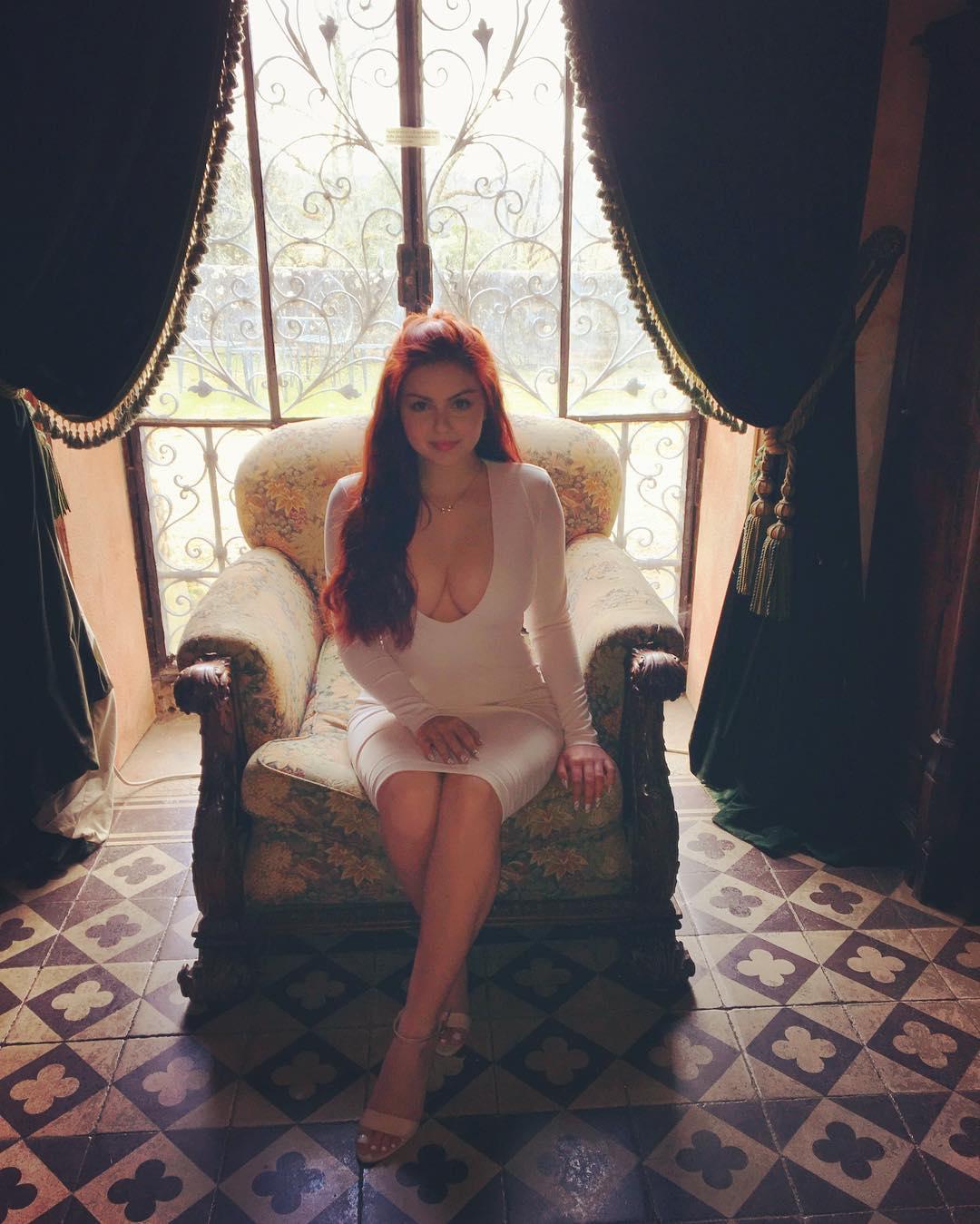 Ariel Winter sex