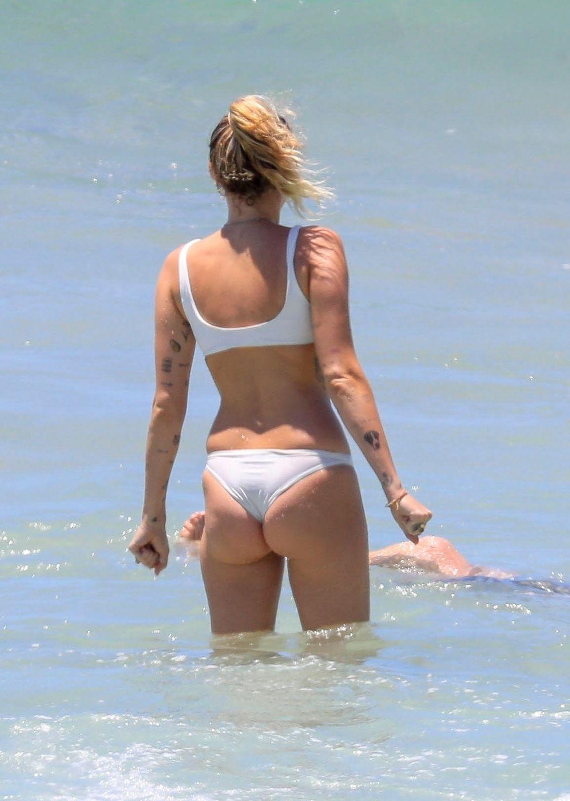 Miley Cyrus fucking
