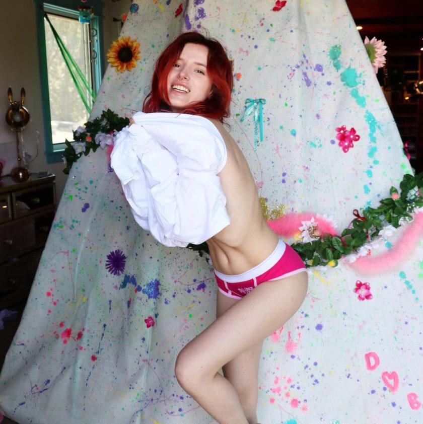 Bella Thorne leaked naked pic
