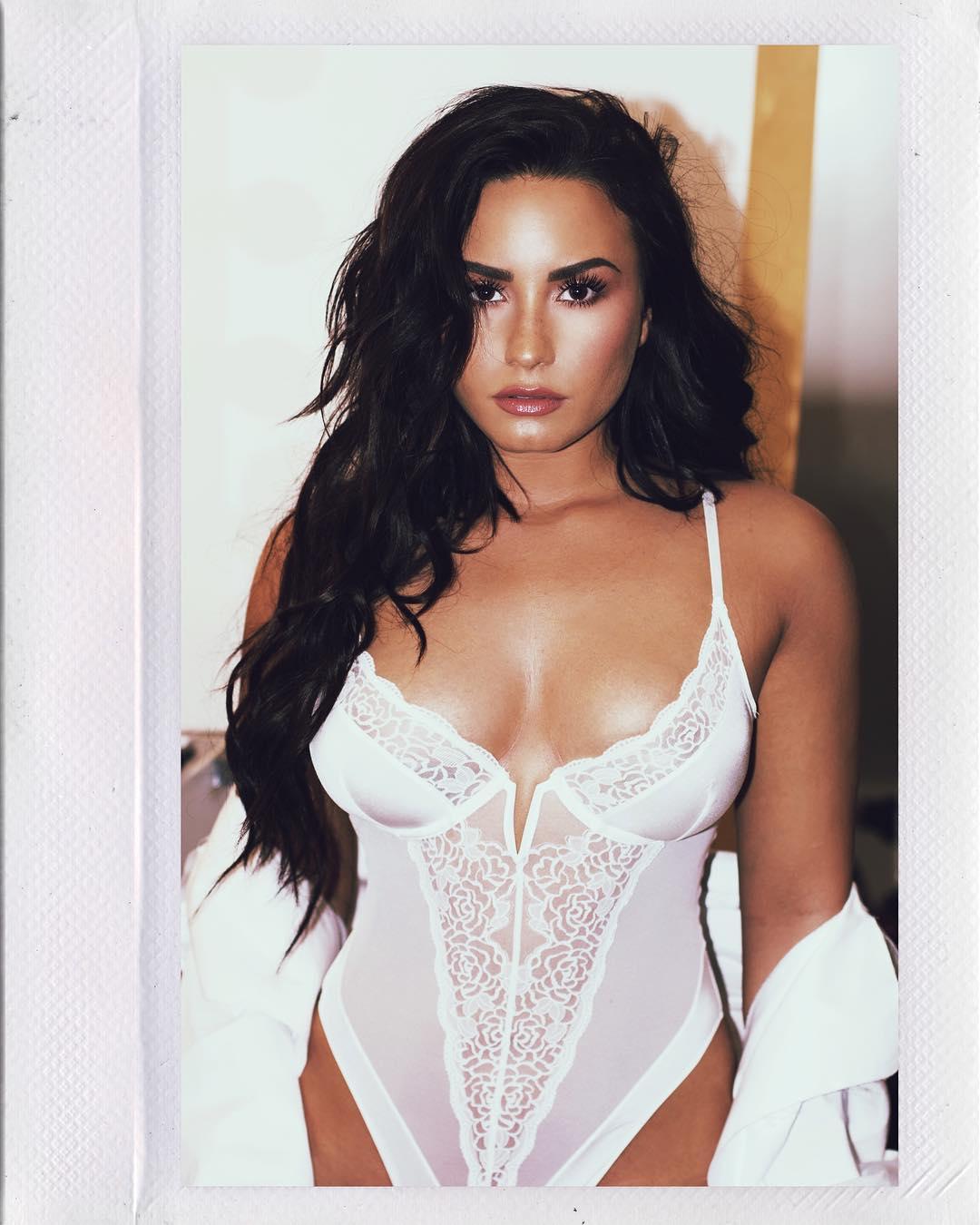 Demi Lovato sex pic
