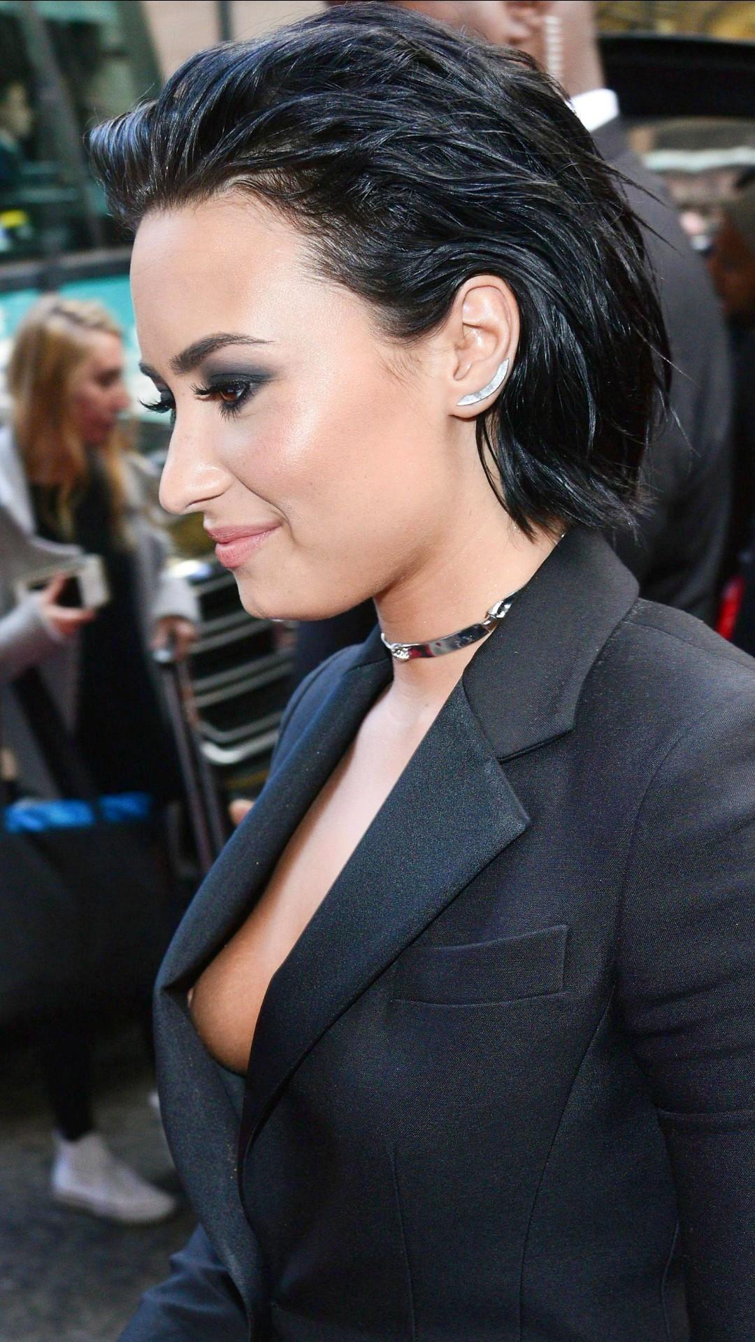 Demi Lovato the fappening
