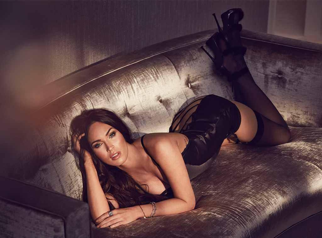 Megan Fox boobs showing