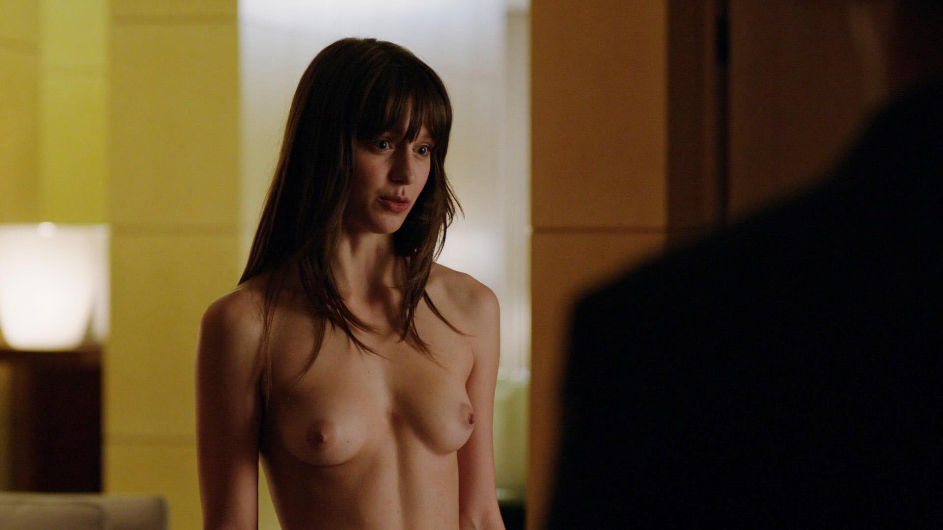 Melissa Benoist tits